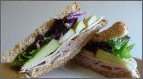 Light Smoked Turkey Amp Apple Sandwich 187 Country Hearth
